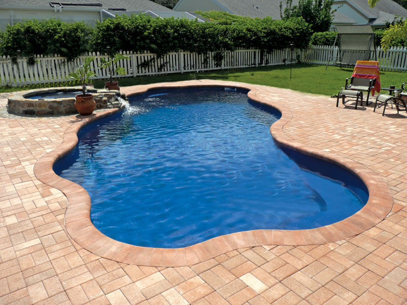 Viking free form pools aqua pro pool spa for Pool designs venice