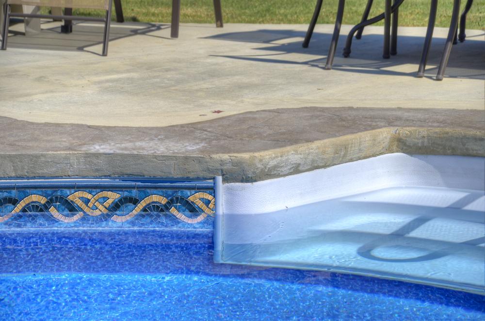 1000x660-tara-pool-liner-monterey-bay