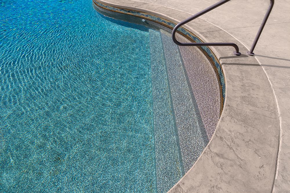1000x660-tara-pool-liner-sandy-bay